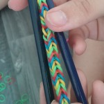 etape17 rainbow loom